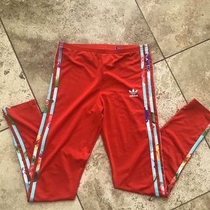 RED AND FLORAL kids Adidas sweatpants!